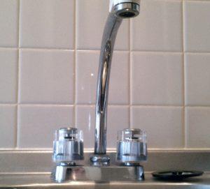 ハンドル式混合水栓