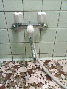ツーバルブシャワー混合水栓